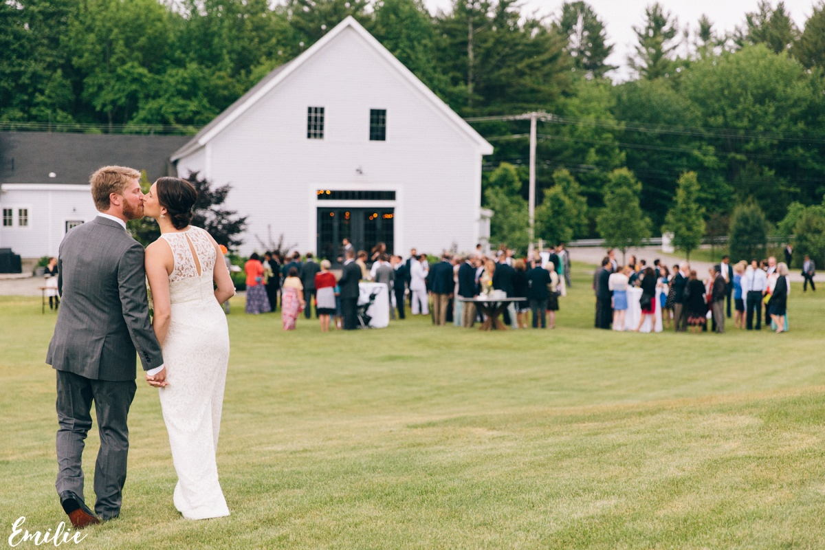 barn_flanagan_farm_maine_wedding_emilie_inc_0040