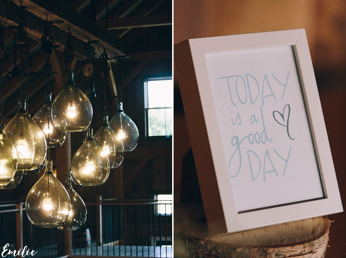 bellevue_barn_jefferson_new_hampshire_wedding_emilie_inc_0024